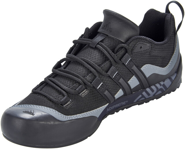 adidas TERREX Swift Solo 2 Shoes Herren black/black/lead